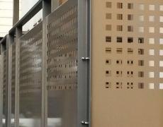 Verzinkte und pulverbeschichtete Stahlkonstruktion