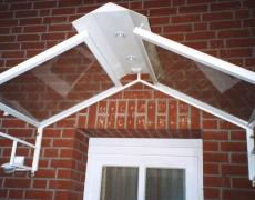 Verzinktes und pulverbeschichtetes Vordach