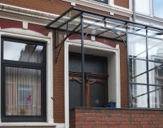 Pulverbeschichtete Haustürüberdachung