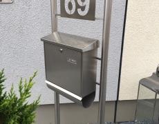 Briefkastenständer